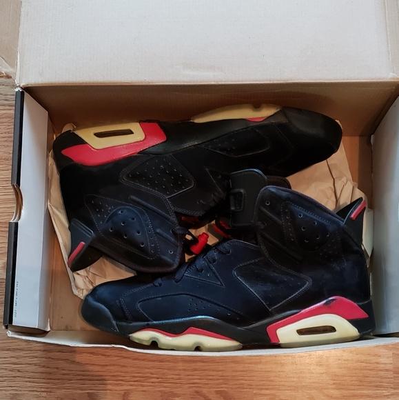 separation shoes 640e7 850b5 Air Jordan 6 Retro 'Varsity Red' 2010